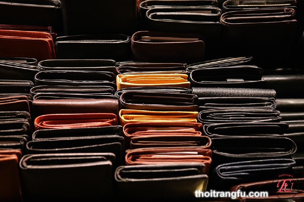 Bí quyết đơn giản bảo quản ví da luôn bền đẹp - thời trang fu